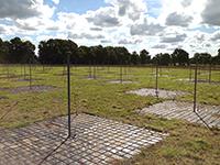Die Antennenfelder bestehen aus 192 Antenneneinheiten.