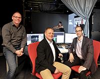Die Professoren Dr. Stefan Kopp, Dr. Thomas Schack und Dr. Mario Botsch leiten das Projekt ICSPACE, das eine virtuelle Trainingsumgebung entwickelt hat. Foto: CITEC/Universität Bielefeld