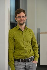 """Prof. Dr. Philipp Cimiano leitet das neue von der DFG geförderte Schwerpunktprogramm, in dem an einer """"Suchmaschine für Argumente"""" geforscht wird. Foto: CITEC/Universität Bielefeld"""