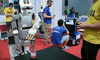 Zum ersten Mal schickte das CITEC-Team beim RoboCup seinen Serviceroboter Floka  in den Wetbbewerb. Foto: CITEC/Universität Bielefeld