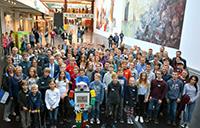 Knapp 100 Nachwuchsforscherinnen und -forscher wurden in der Universität Bielefeld ausgezeichnet.