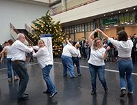Die Musicaltanzgruppe der Neuen Schmiede/Bethel begleitete die Eröffnung mit Tänzen zu persönlichen Lieblingssongs.