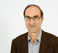 Prof. Dr. Richard Münch untersucht den gesellschaftlichen Strukturwandel in der Gegenwart. Foto: Universität Bielefeld