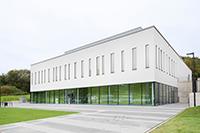 Auf 1.096 Quadratmeter Laborfläche können die Experimentalphysikerinnen und –physiker zukünftig forschen. Foto: Universität Bielefeld / Michael Kohls