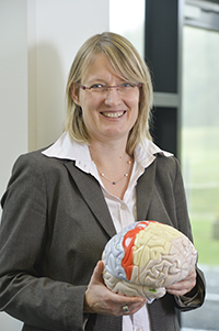 CITEC researcher Prof. Dr. Johanna Kissler is coordinating the NeuroCommTrainer project. The goal is to create a system that understands brain signals and mediates communication with patients suffering from severe brain damage. Photo: Bielefeld University/CITEC