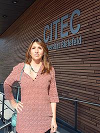 Prof. Dr. Gloria Origgi ist die zweite Gender-Gastprofessorin des Exzellenzclusters CITEC.