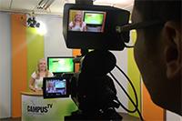 Mareike Köstermeyer moderiert die 119. Ausgabe von Campus TV.Foto: Campus TV/V. Maiwald