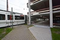 Der neu angelegte Gehweg führt zum Gebäude X. Foto: Universität Bielefeld