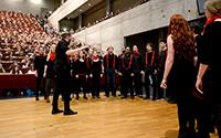 Sorgte für die musikalische Begleitung zur Begrüßung: der Chor Pinduc, der sich aus Studierenden zusammensetzt. Foto: Universität Bielefeld