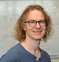 Prof. Dr. Jens Stoye