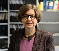 Professor Dr. Dorothee Staiger is an expert on the inner clock of plants. Photo: Bielefeld University