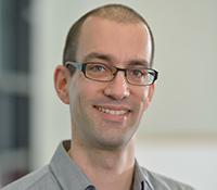 Der CITEC-Wissenschaftler Prof. Dr. Mario Botsch sorgt mit neuer Geometrieverarbeitung für personalisierte Avatare in der Trainingsumgebung ICSpace. Foto: CITEC/Universität Bielefeld