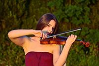 Rachel Greschke, Violine.