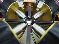 Aufbau zur gezielten Erzeugung von Temperaturunterschieden in Spinstrommaterialien. Foto: Dr. Torsten Hübner