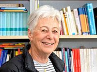 Prof.'in Dr. Claire Kramsch wird mit der Ehrendoktorwürde der Fakultät für Linguistik und Literaturwissenschaft ausgezeichnet. Foto: Universität Bielefeld