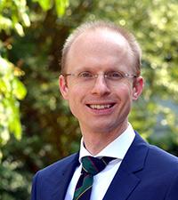 Prof. Dr. Simon Kempny