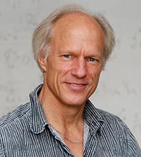 Professor Dr. Michael Röckner leitet die Tagung. Foto: Universität Bielefeld