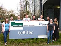 Das iGEM-Team Bielefeld-CeBiTec 2018 (v.l.): Erika Schneider, Matthias Otto, Antonin Lenzen, Jakob Zubek, Christoph Ges-ke, Levin Joe Klages, Johannes Ruhnau, Vanessa Krämer und Irina Rais.
