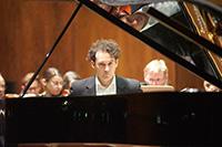Jan-Christoph Homann präsentiert einen abwechslungsreichen Klavierabend: Foto: Joachim Müller