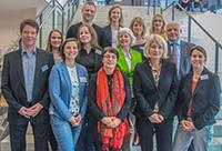 Die Vertretenden der Hochschulen Universität Bielefeld, FH Bielefeld, Universität Paderborn und Hochschule OWL ziehen eine positive Projektzwischenbilanz. Foto: Universität Paderborn