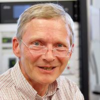 Prof. Dr. Günter Reiss von der Univer-sität Bielefeld ist einer der beiden Leiter des neuen MagSens-Zentrums. Foto: Universität Bielefeld