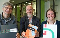 CALAS: Professor Dr. Joachim Michael, Professor Dr. Olaf Kaltmeier, Nadine Pollvog (v.l.). Foto: Universität Bielefeld