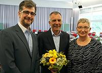 Senatsvorsitzender Prof. Dr. Moritz Kaßmann, Rektor Prof. Dr.-Ing. Gerhard Sagerer und Dr. Annette Fugmann-Hesing, Vorsitzende des Hochschulrats der Universität Bielefeld. Foto: Universität Bielefeld