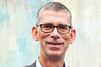 Prof. Oliver Razum leitet eine neue Forschungsgruppe zu gesundheitlicher Ungleichheit. Foto: Universität Bielefeld