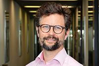 Der Informatiker Prof. Dr. Philipp Cimiano ist Koordinator des Projekts Psink. Er leitet die Forschungsgruppe Semantische Datenbanken an der Universität Bielefeld. Foto: CITEC/Universität Bielefeld
