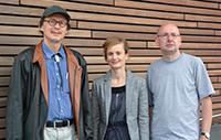 Prof. Dr. Helge Ritter (l.) und Prof. Dr. Werner Schneider leiten die neue Forschungsgruppe am ZiF. Zusammen mit  der Koordinatorin Dr. Rebecca Förster organisieren sie die Tagung. Foto: Universität Bielefeld