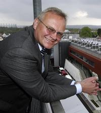 Dirk U. Hindrichs