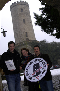 Dr. Thomas Walden, Annette Klinkert (Bielefeld Marketing) und Fabio Magnifico (v.l.)