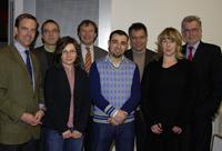 Michael W. Böllhoff, Dr. Lutz Köster, Gabriele Nadrag, Kanzler Hans-Jürgen Simm, Redouane Dali, Rektor, Prof. Dr.-Ing. Gerhard Sagerer, Sandra Schoess und Friedhelm Rieke (.l.).