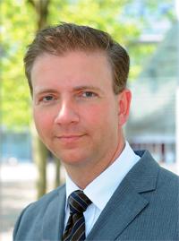 Professor Dr. Wolfgang Greiner