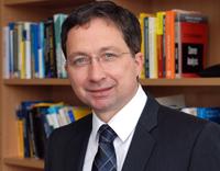 Professor Dr. Frank Riedel