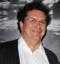 Professor Dr. Heinz Streib is head of the research project 'Spirituality in Germany and the USA'. Photo: Bielefeld University