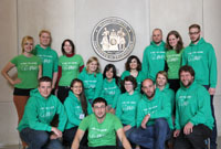 Bielefeld students at the Massachusetts Institute of Technology in Boston. Back row from left to right: Saskia Scheibler, Kevin Jarosch, Miriam Fougeras, Julia Voss, Isabel Huber, Malak Fawaz, Moritz Müller, Gabriele Kleiner, and Nils-Christian Lübke (supervisor). Front row from left to right: Timo Wolf (supervisor), Julia Schirmacher, Hakan Geyik, Nadine Legros, Robert Braun, Agatha Walla, and Sebastian Wiebe.