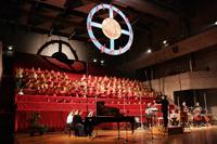 Carl Orffs Carmina Burana wurde 1937 erstmals in der Oper in Frankfurt am Main aufgeführt. Nun erklingt das Chorwerk im Audimax der Universität Bielefeld. Foto: Universitätschor Bielefeld