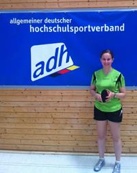 Katharina Michajlova, Studentin der Universität Bielefeld und Tischtennisspielerin, hat die deutschen Hochschulmeisterschaften gewonnen.