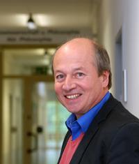 Prof. Dr. Ralf Stoecker