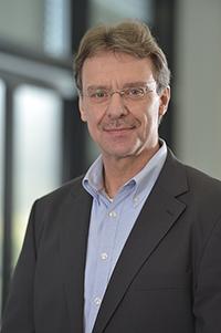 "Professor Dr-Ing. Ulrich Rückert ist mit seiner Forschungsgruppe an dem ""Human Brain""-Projekt der Europäischen Union beteiligt. Foto: CITEC/Universität Bielefeld"