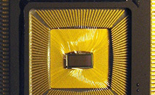 Mit störanfälligen Chips zum Computergehirn