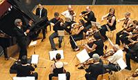 Das Universitätsorchester ist Mitglied der Jeunesses Musicales Deutschland. Dem Fachverband für Jugendorchester gehören 300 Mitglieder an.