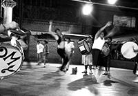 Argentinischer Straßentanz trifft brasilianische Perkussion