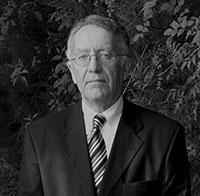 Professor Yadh Ben Achour gilt als einer der Väter der neuen tunesischen Verfassung. Am 6. November ist er an der Universität Bielefeld zu Gast.