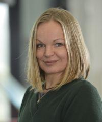Dr. Bettina Bläsing vom Exzellenzcluster CITEC der Universität Bielefeld ist für einen Forschungsartikel zum Bewegungslernen im Tanz geehrt worden. Foto: CITEC/Universität Bielefeld