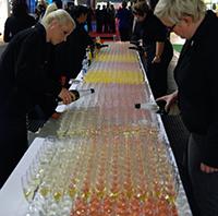 Sektempfang beim Absolvententag 2013