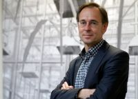 Prof. Dr. Andreas Zick, Leiter der Studie, beobachtet, dass Einheimische in Deutschland mehrheitlich an ihren etablierten Vorrechten gegenüber anderen Bevölkerungsgruppen festhalten. Foto: Universität Bielefeld