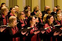 Der Höhepunkt der Chorarbeit: das Konzert in der Oetker-Halle. Foto: Universität