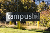 Fachhochschule, Universität, Wissenschaftsbüro und Bau- und Liegenschaftsbetrieb haben das neue Campus Leitsystem gemeinsam umgesetzt.